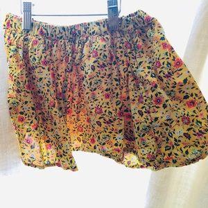 Gap floppy flippy skirt yellow floral. NWOT.